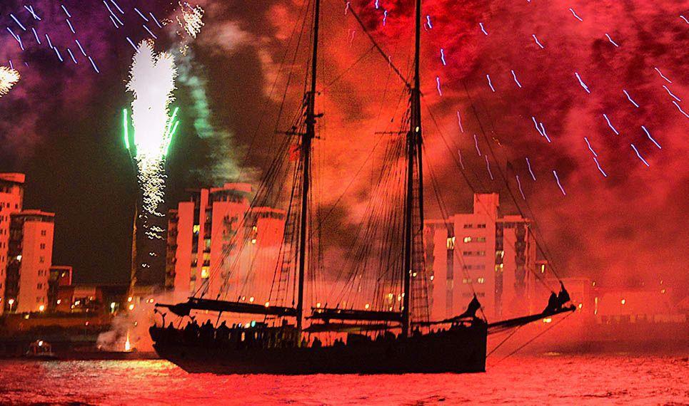 Afbeelding van Tall Ship Experience (incl. vuurwerk en diner) Scheveningen