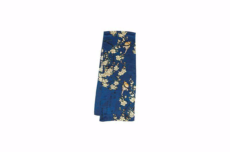 Product afbeelding: Petra Waszak: zijden sjaal 'Kersenbloesems'