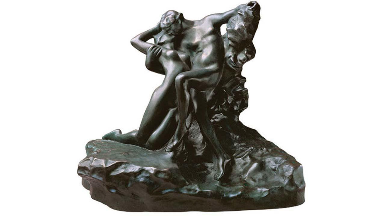 Auguste Rodin Door een impressionistische modellering van het oppervlakte bereikt de kunstenaar een samenspel van licht schitterende glans en mysterieuze schaduw bezielen zijn personages en brengen ze tot leven. Ik zeg niet dat de vrouw als een landschap is dat de inval van het zonlicht verandert, maar de vergelijking is treffend , zei Rodin in de geest van het impressionisme. Origineel brons, Musée Rodin, Parijs. Gemaakt in 1884. Museumreplica van polymeer met gebronsd oppervlak. Handgegoten volgensde verlorenwasmethode. Aanbieding. Hoogte 18 cm, breedte 31 cm. *BREAK*