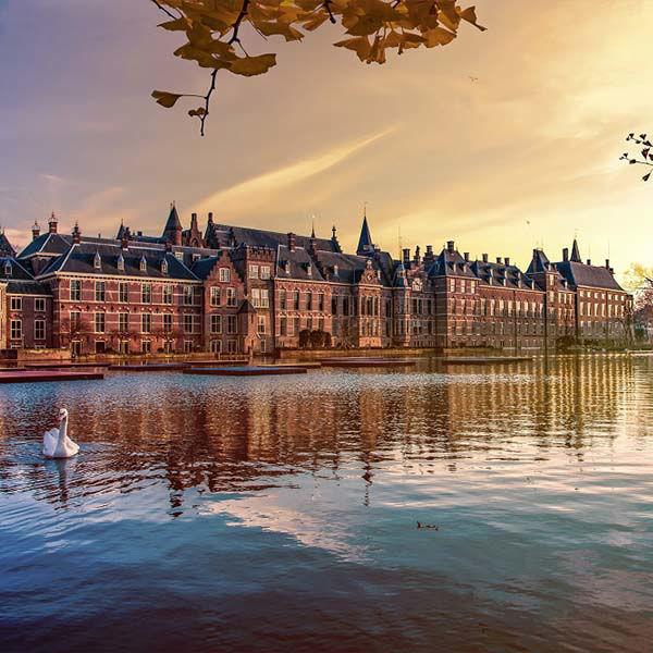 Product afbeelding: Tussen Den Haag en Scheveningen